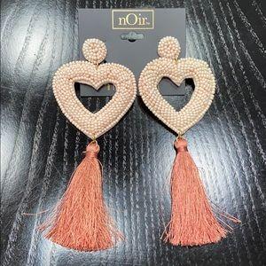 New nOir earrings 💖
